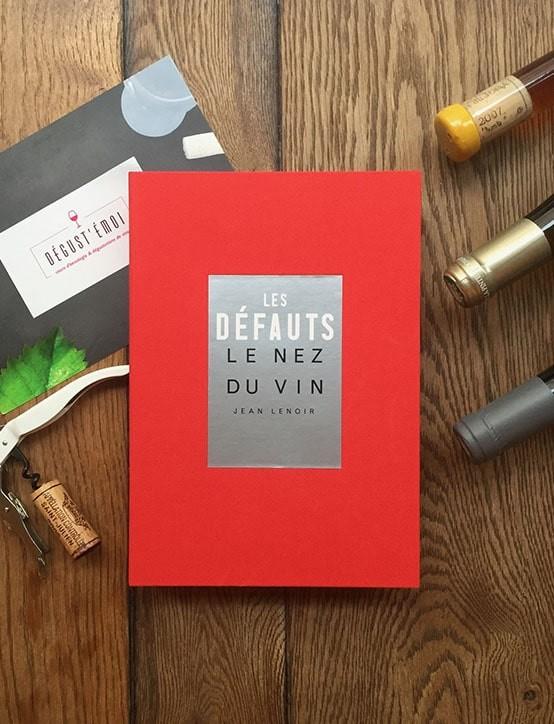 """Livre-Coffret """"Les défauts du vin"""" 12 arômes"""